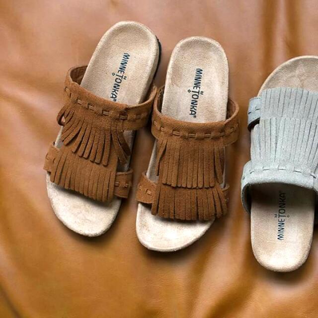 葛瑞ㄙ也有穿的~ Minnetonka Daisy 雙層流蘇涼鞋