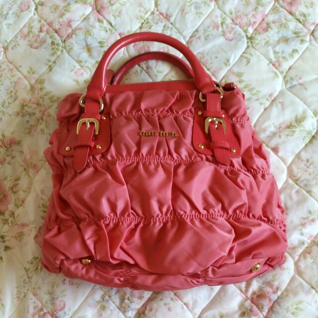 Pink Shoulder Bag with attachable strap