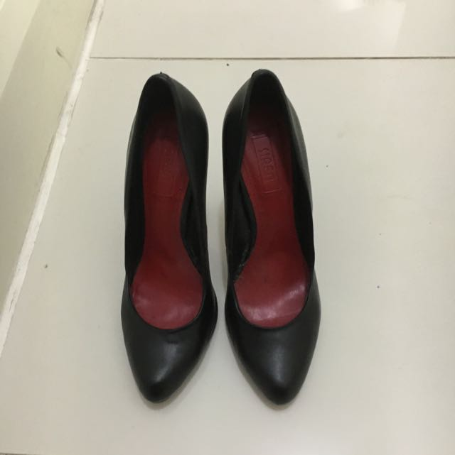 Siren Pumps Size 8