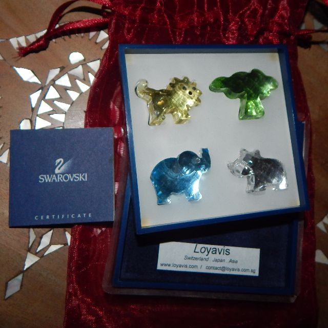 SWAROVSKI african dream set (authentic)