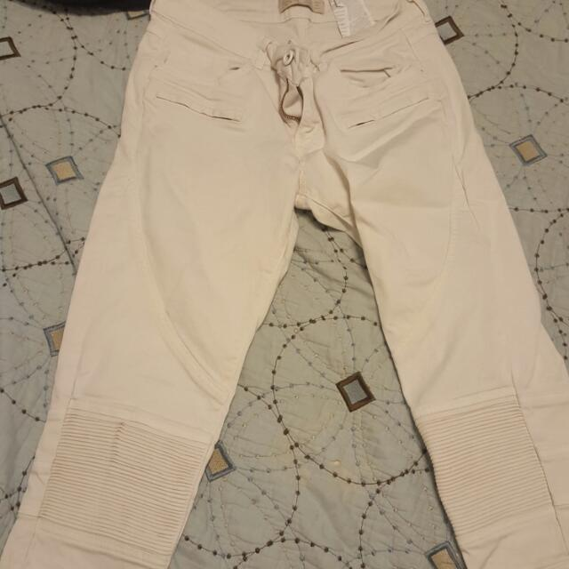 White Jeand