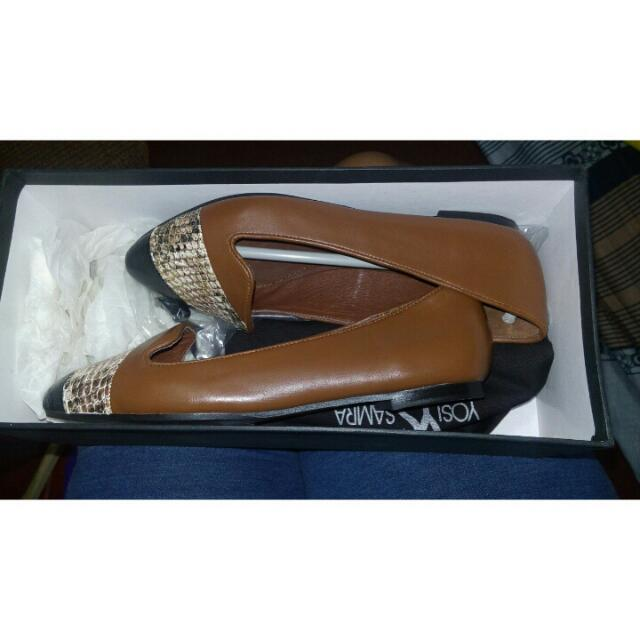 Yosi Samra Flat Shoes