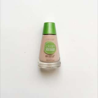 COVERGIRL Clean Foundation For Sensitive Skin In 235