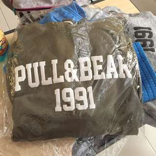 PULL AND BEAR HOODIE / SWEATER PULL AND BEAR