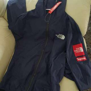 THE NORTHFACE X SUPREME
