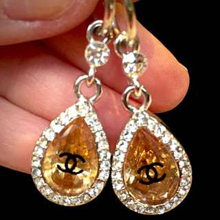 *SALE!* Chanel Hanging Drop Gold And Silver Diamond Earrings