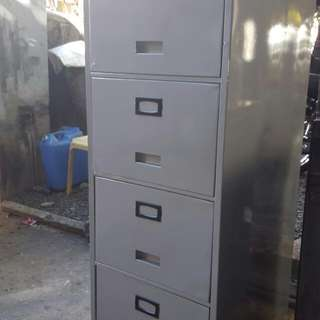 4 Layers Vertical Cabinet