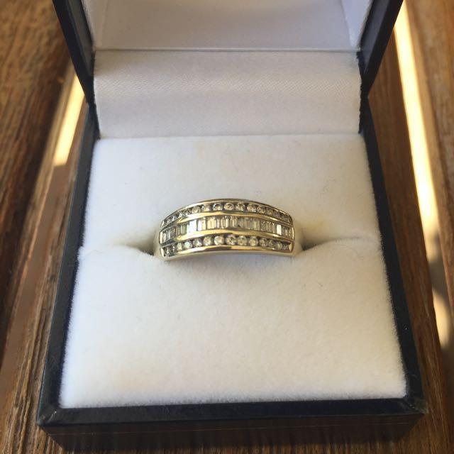 9c White Gold Diamond Ring