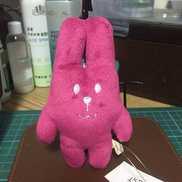 宇宙人 粉紅兔吊飾