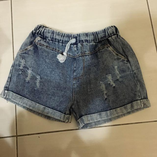 全新 牛仔短褲