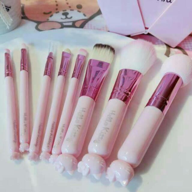 全新-限量 kitty8件粉色化妝刷套裝