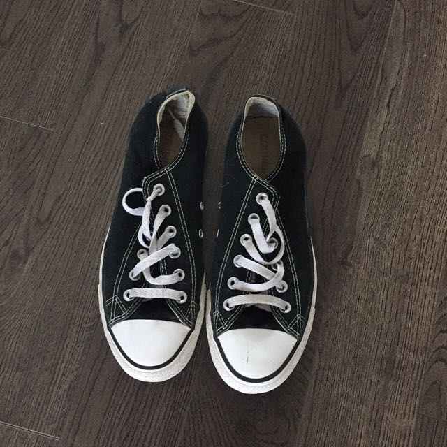 Converse Shoes Size 9.5