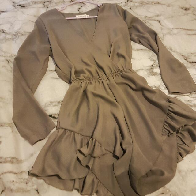 Lioness Grey Plunge Playsuit - Size 8