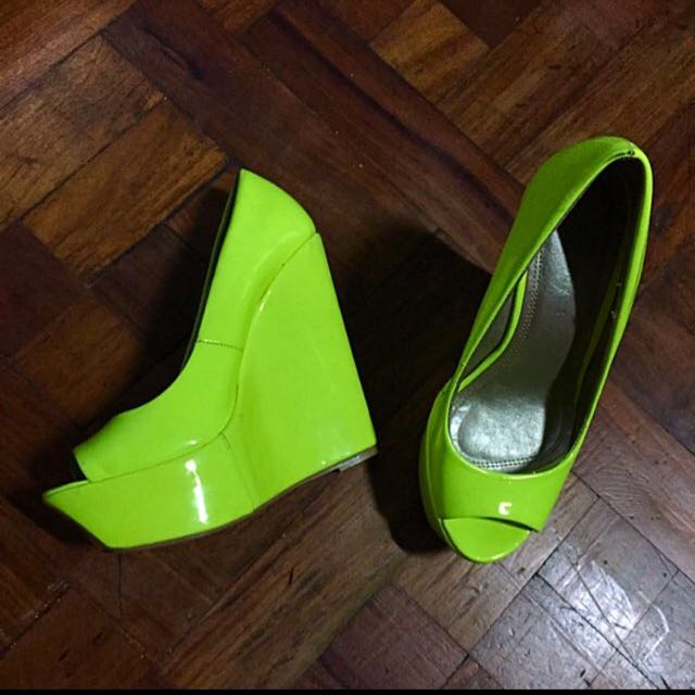Primadonna Neon Wedge