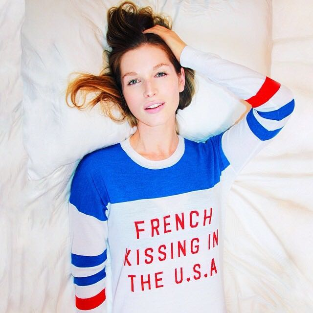 Zoe Karssen French Kissing In The USA Jumper Sweater Top