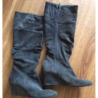Size 7 Grey Suede Tall boot