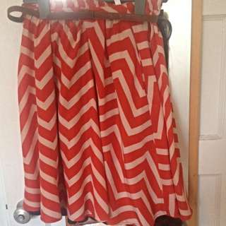 A-Line Patterned Skirt - size M