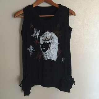 Sleeveless Black Shirt With Pockets