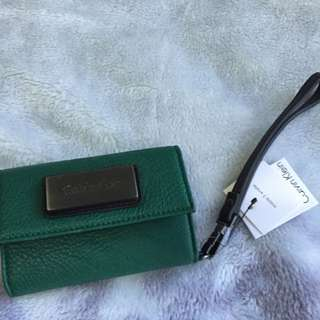 DKNY Cards & iPhone 4 Holder