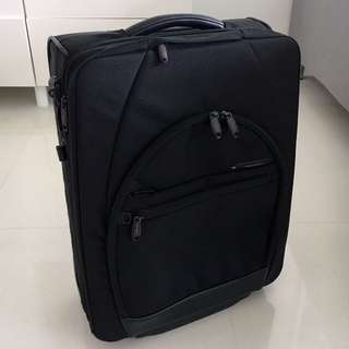 Samsonite Pro-DLX Carry-on Business Suitcase