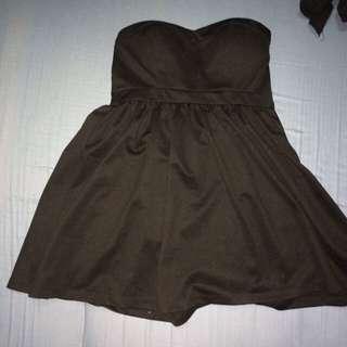 BLACK STRAPLESS DRESS FLOWY BOTTOM