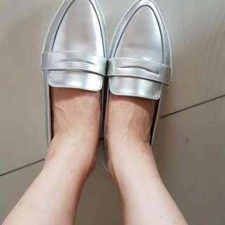 全新尖頭便鞋