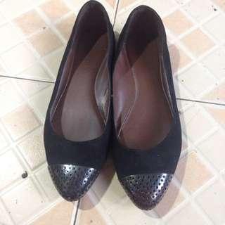 Sepatu Flat Charles and Keith (ori)