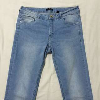 H&M Jeans (stretchable)