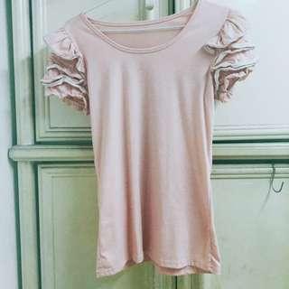 粉色造型上衣