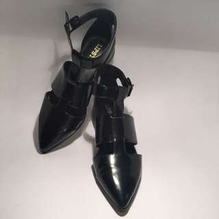 Lipstik Black Celest Flat Shoes