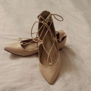 Sportsgirl Cream Tie Up Flats Size 7