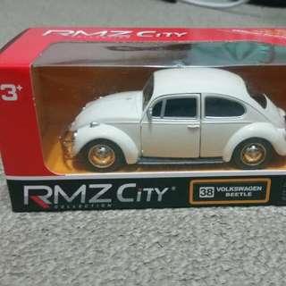 Volkswagen Beetle 1:32