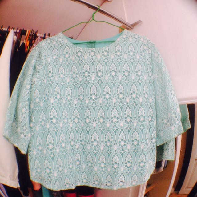 Barbie-turquoise Blouse
