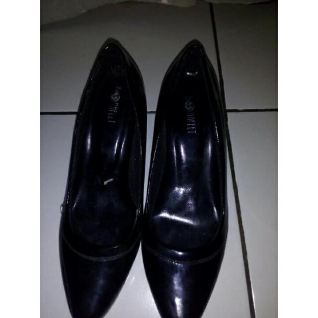 Black Heels Untuk Kerja