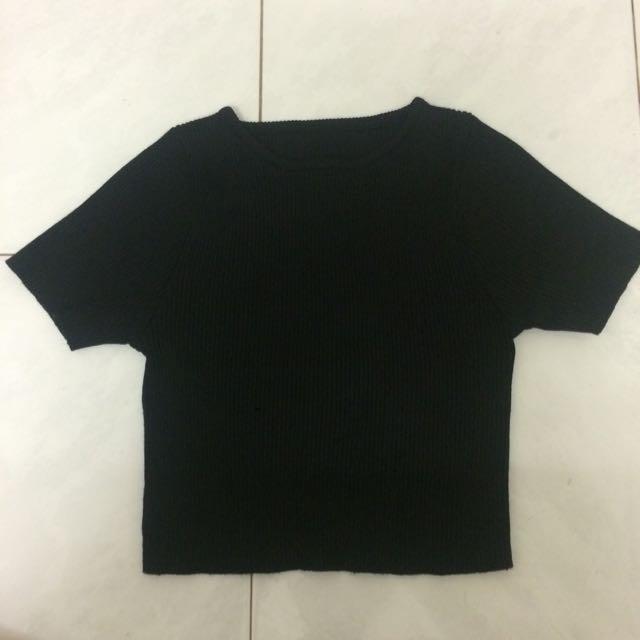 Black Ribbed Crop Top
