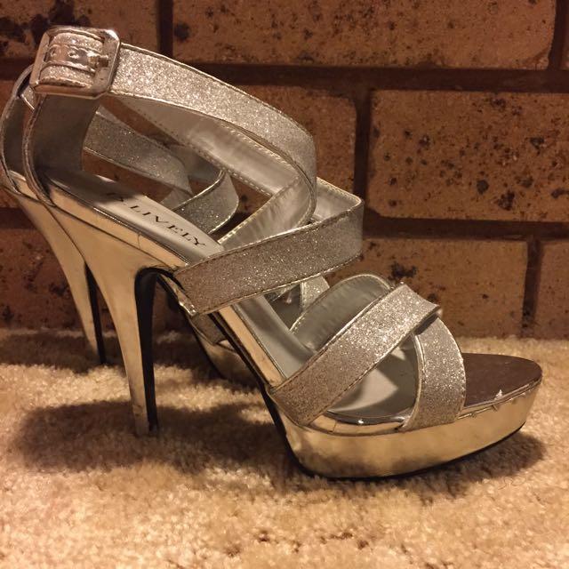 B.Lively Formal Heel