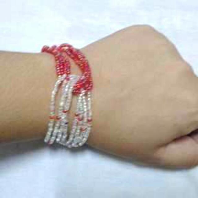 Bracelet by: Xndrahbeads