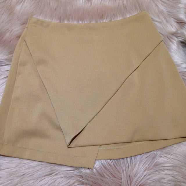Camel Skirt Never Worn