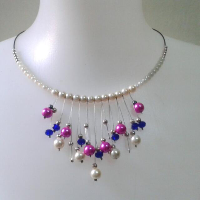 Collar Necklace by: Xndrahbeads