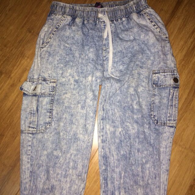 DENIM TIGHT ANKLED BAGGY PANTS