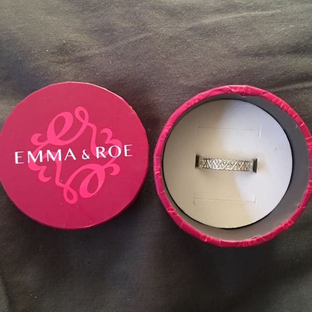 EMMA & ROE RING