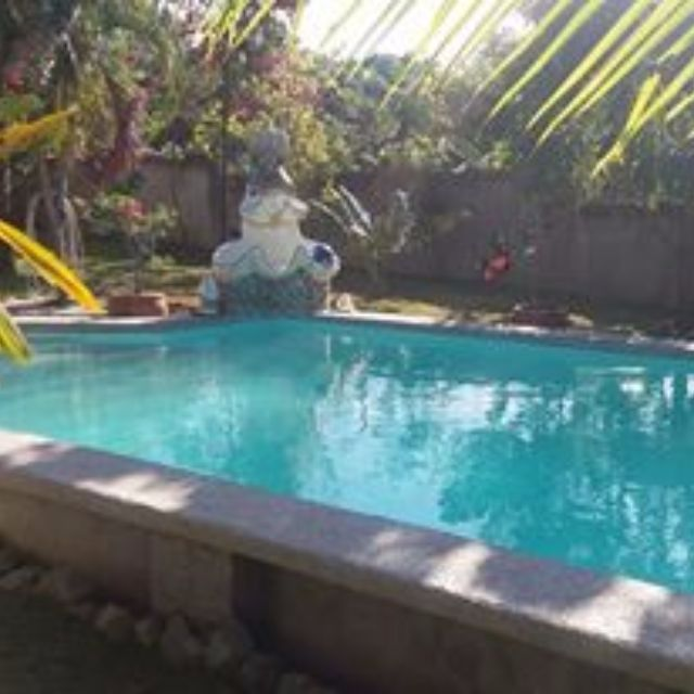 House and lot with swimming pool in matabungkay batangas for Swimming pools bei obi