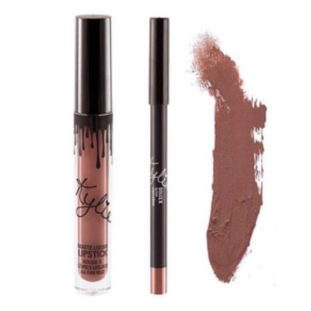 Kylie Jenner Lipkit - Shade Dolce K