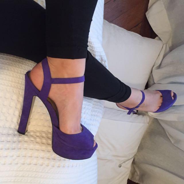 Lipstik suede platform heels