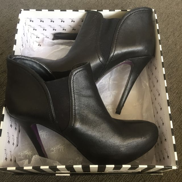 Peep Toe Miss Cara Black Leather Ankle Boots Size 38