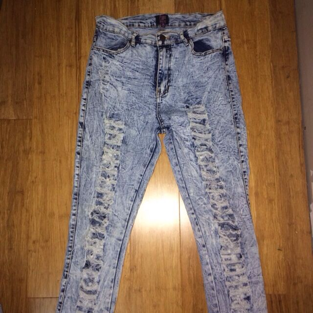 RIPPED SKINNY JEANS HIGH WAISTED