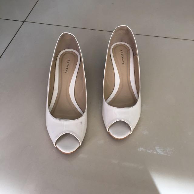 sepatu wedges wanita Heatwave (preloved)