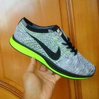 Nike racer Flyknit,