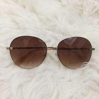 Topshop Sunglasses With Little Heart Details