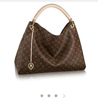 replica Louis Vuitton Monogram Large Boho Bag.